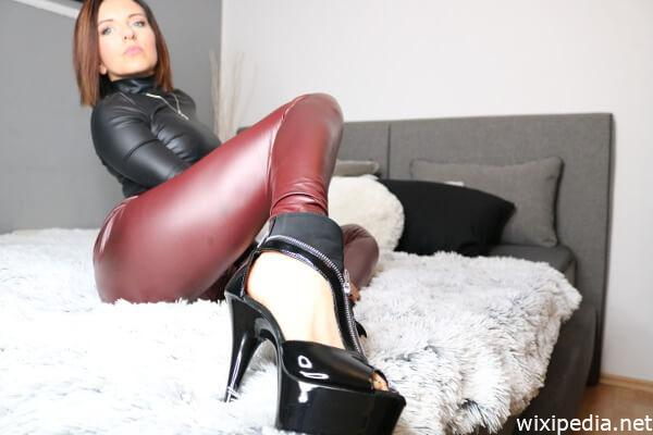 Findom Lady Bunt